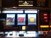 Triple Double Dollars Reel Slot